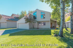 Property for sale at 105 Sunrise Dr, Sun Valley,  ID 83353