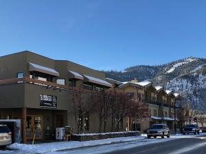 Property for sale at 140 W Sun Valley Rd, Ketchum,  ID 83340