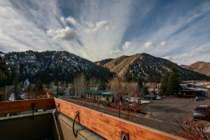Property for sale at 140 W Sun Valley Rd W, Ketchum,  ID 83340
