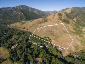 Property for sale at 113 S Riverwoods Rd, Ketchum,  ID 83340