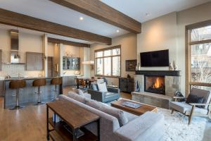 Property for sale at 142 Clos Du Val Dr, Sun Valley,  ID 83353