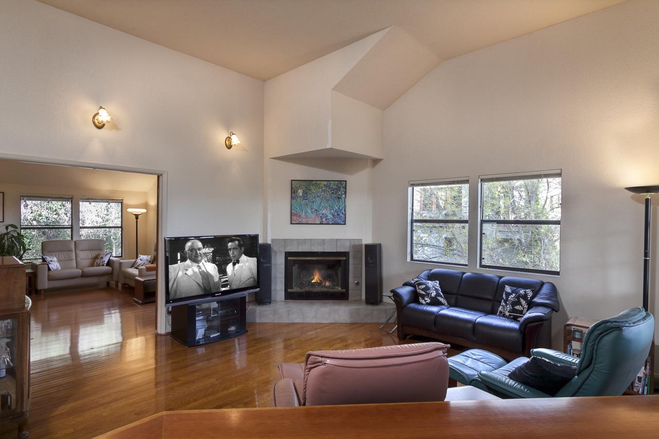 Property photo for 1518 Laguna ST #4 Santa Barbara, California 93101 - 12-391