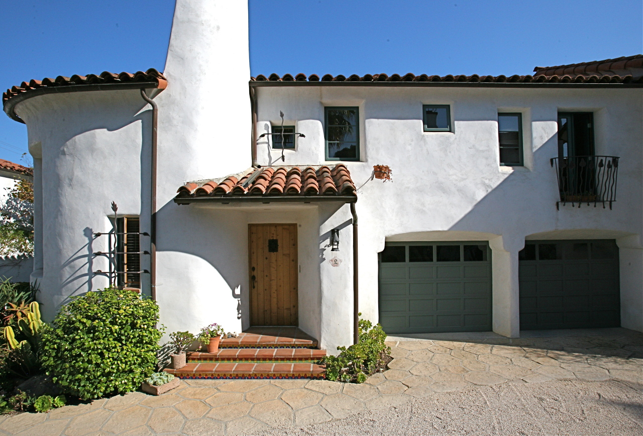 Property photo for 1021 Laguna St #2 Santa Barbara, California 93101 - 12-3004