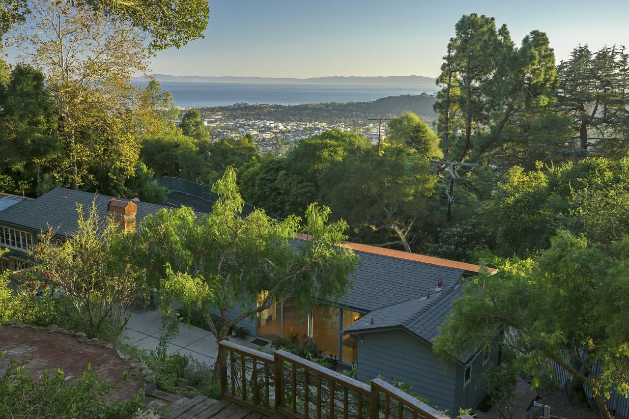 Property photo for 1900 E Las Tunas Rd Santa Barbara, California 93103 - 12-3458