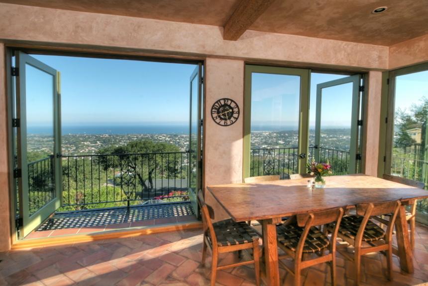 Property photo for 954 Roble Ln Santa Barbara, California 93103 - 12-3633