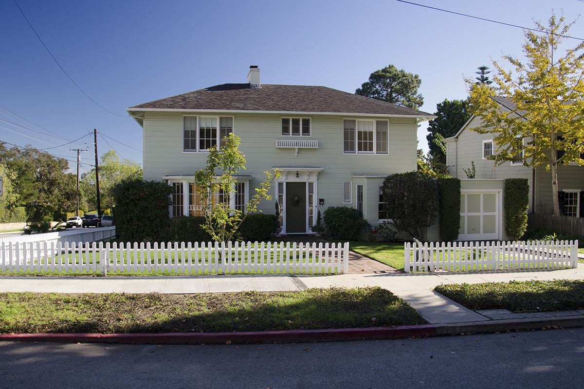 Property photo for 336 E Pedregosa St Santa Barbara, California 93110 - 13-130
