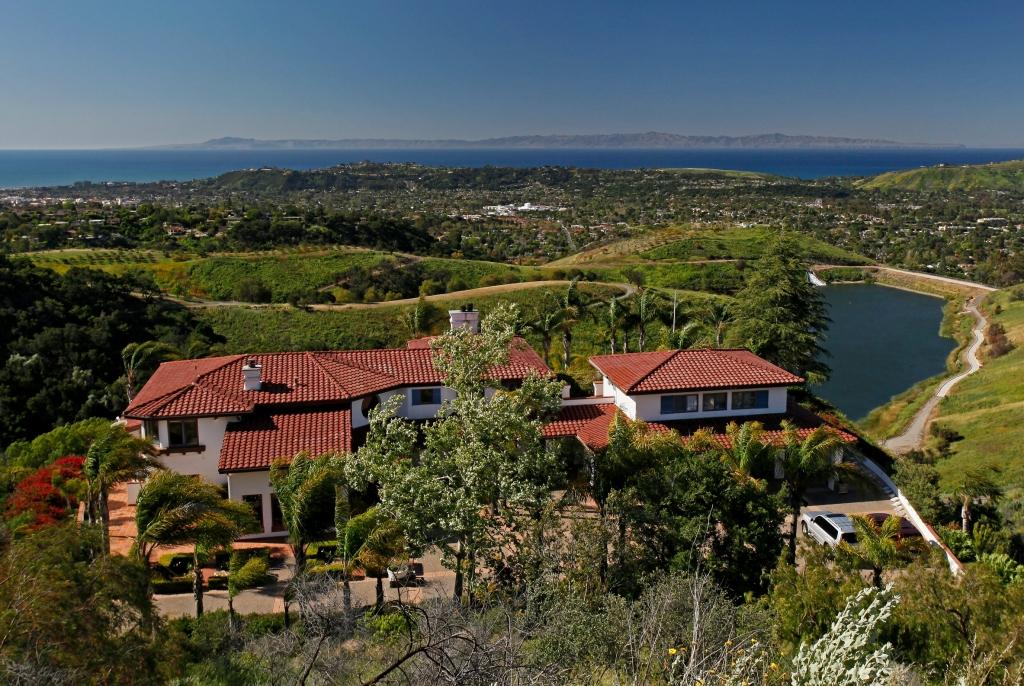 Property photo for 1448 Jesusita Ln Santa Barbara, California 93105 - 13-389