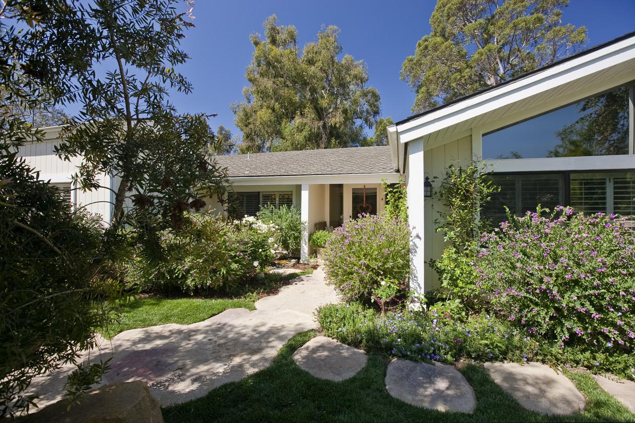 Property photo for 325 Malaga Dr Montecito, California 93108 - 13-618