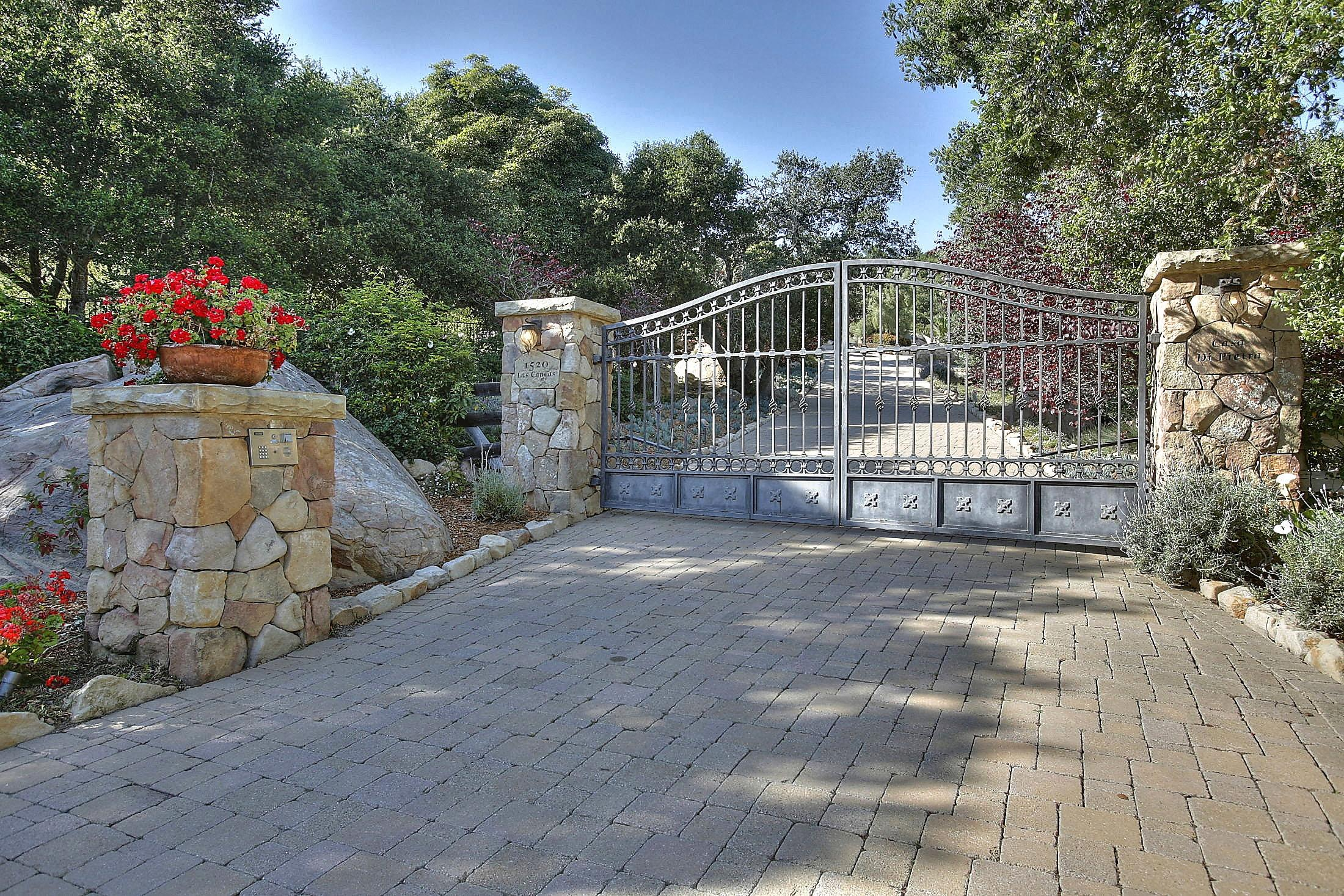 Property photo for 1520 Las Canoas Rd Santa Barbara, California 93105 - 13-1483