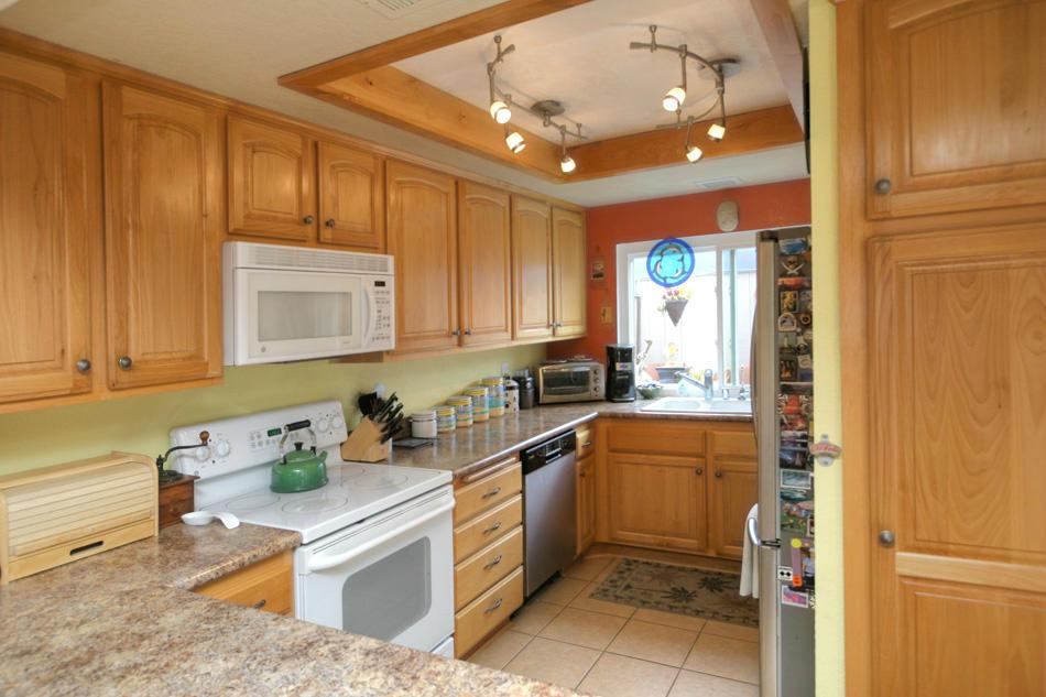 Property photo for 451 Cannon Green Dr #G Goleta, California 93117 - 13-1613