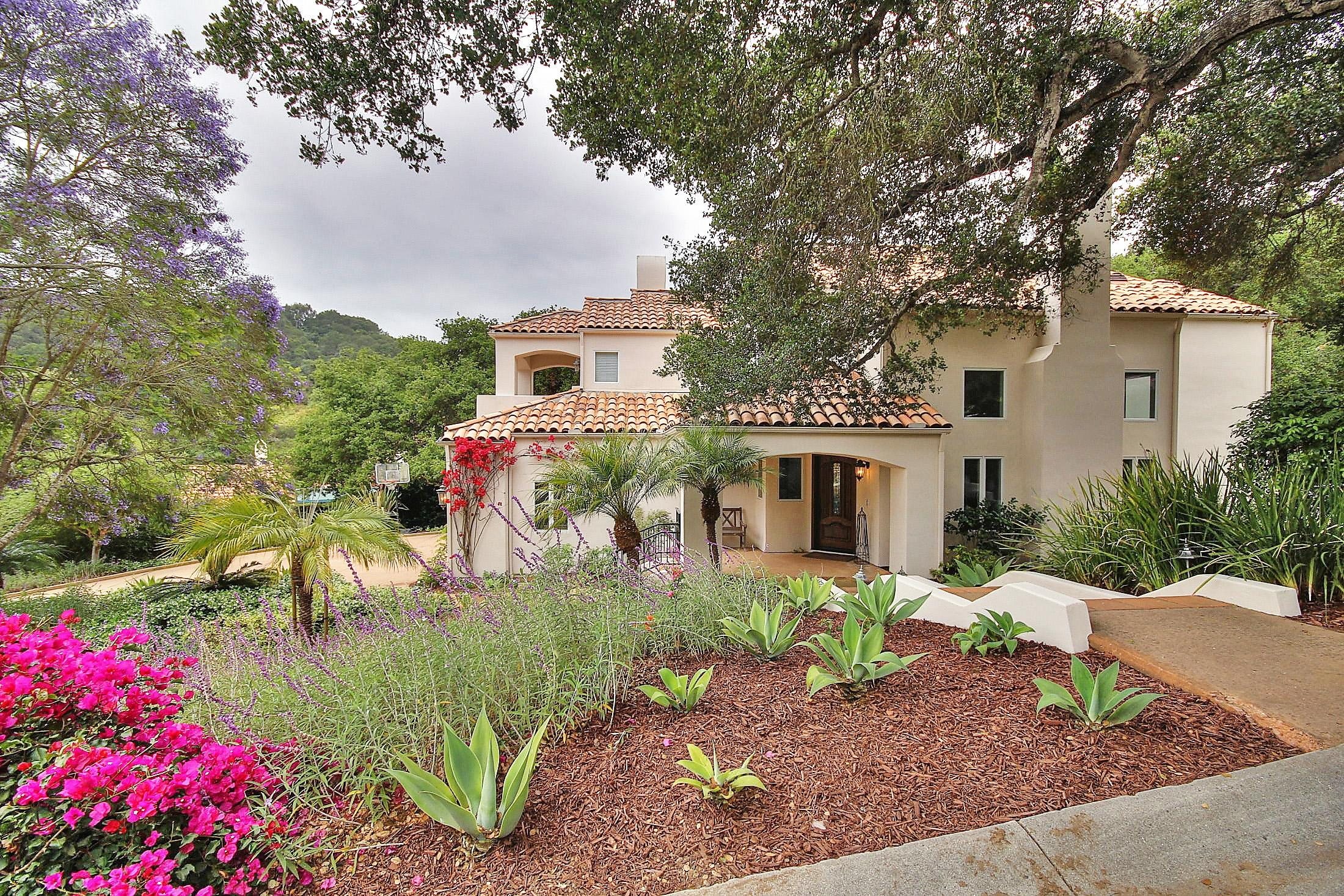 Property photo for 4137 Hidden Oaks Rd Santa Barbara, California 93105 - 13-1813