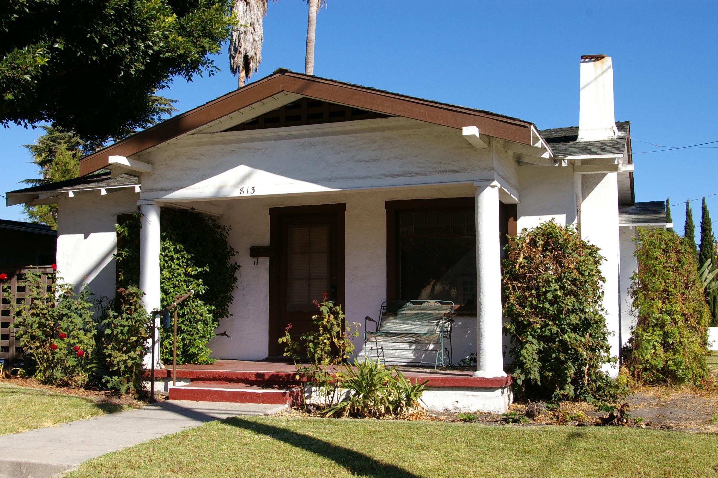 Property photo for 813 W Valerio St Santa Barbara, California 93101 - 13-2789