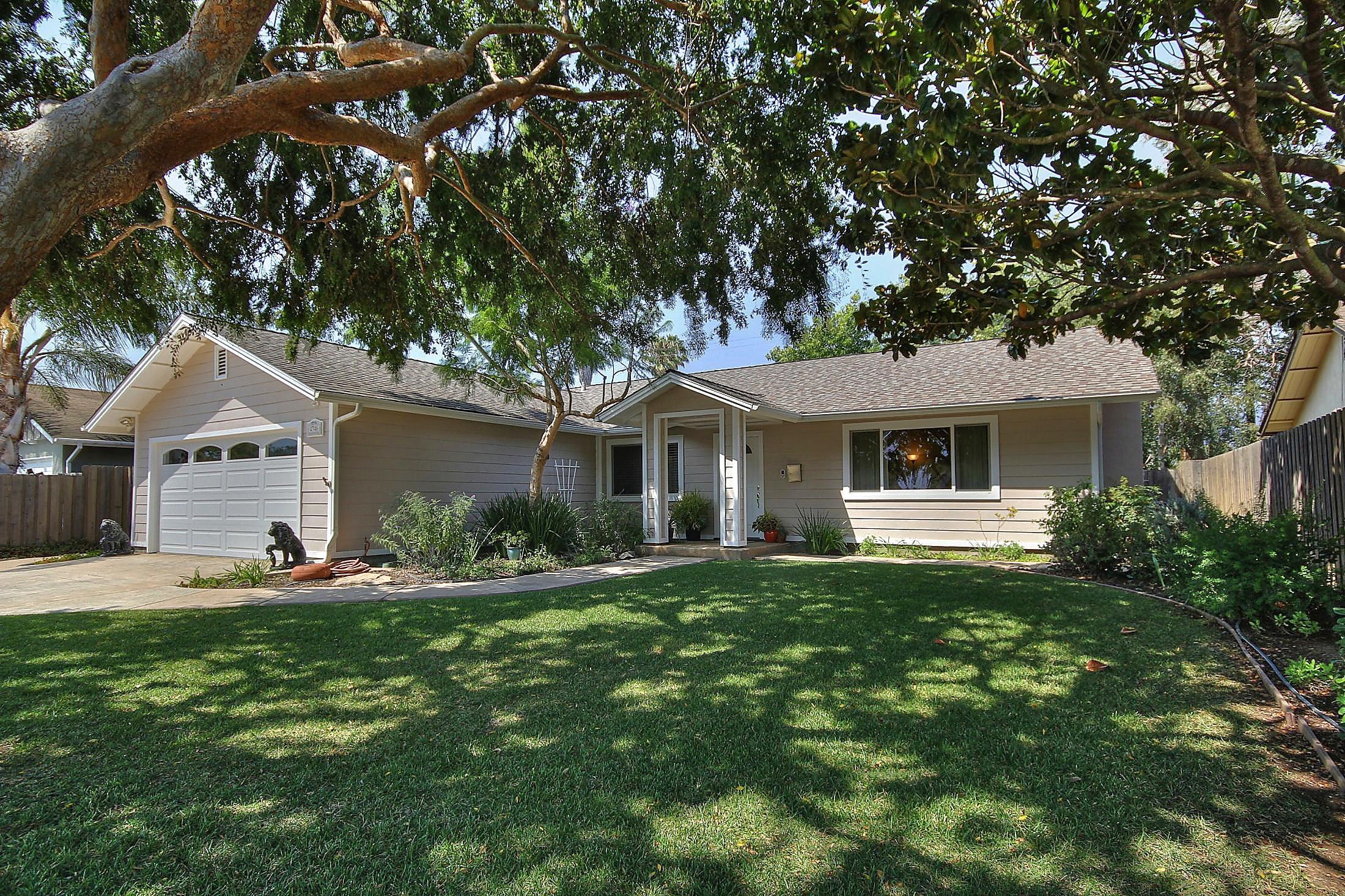 Property photo for 4746 Amarosa St Santa Barbara, California 93110 - 13-2958