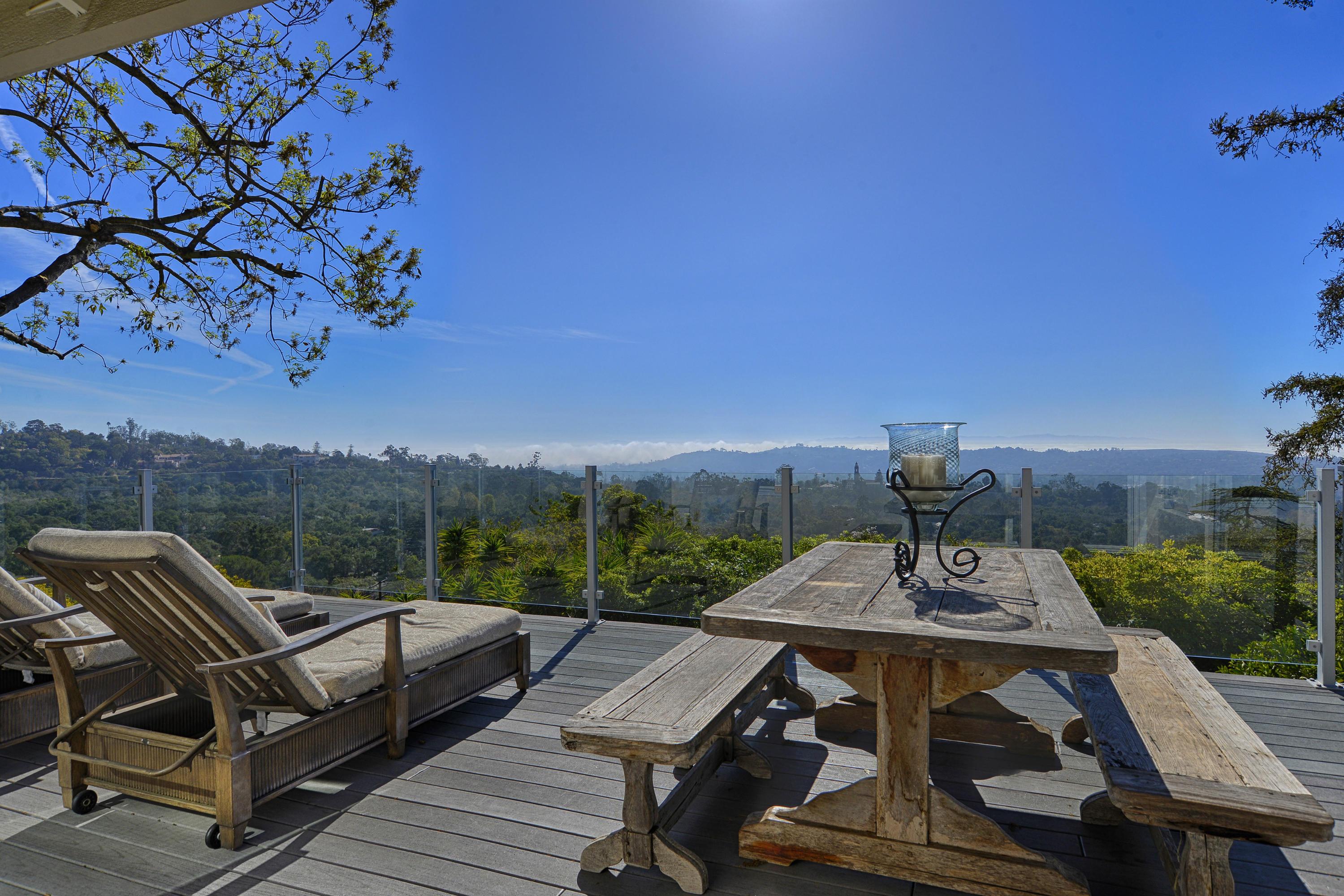 Property photo for 986 Cheltenham Rd Santa Barbara, California 93105 - 14-329