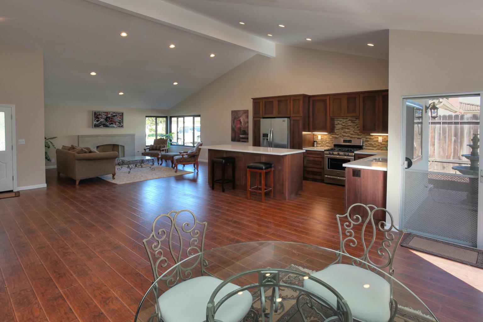 Property photo for 6167 Manzanillo Dr Goleta, California 93117 - 14-302
