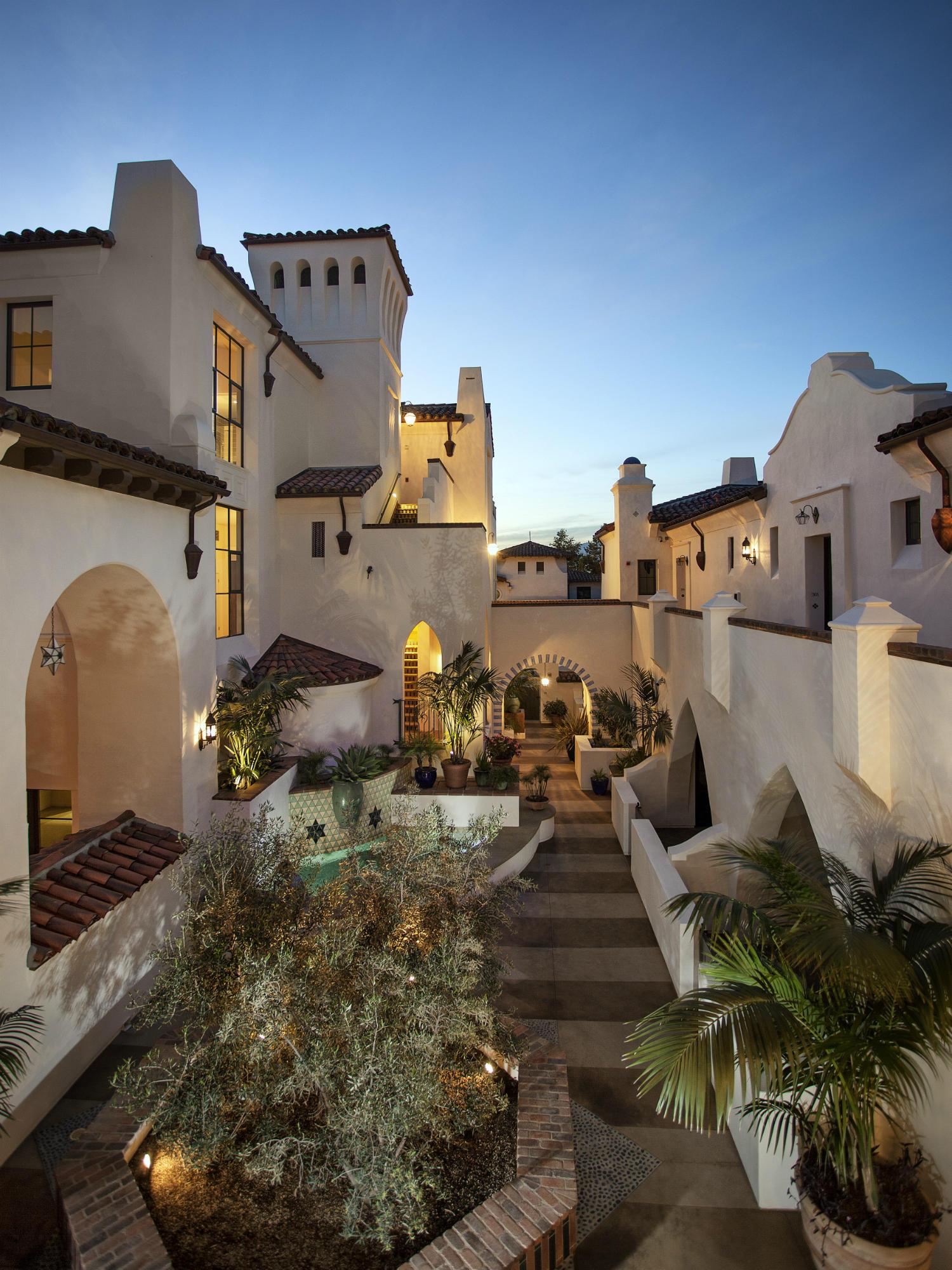 Property photo for 401 Chapala St #308 Santa Barbara, California 93101 - 13-3367