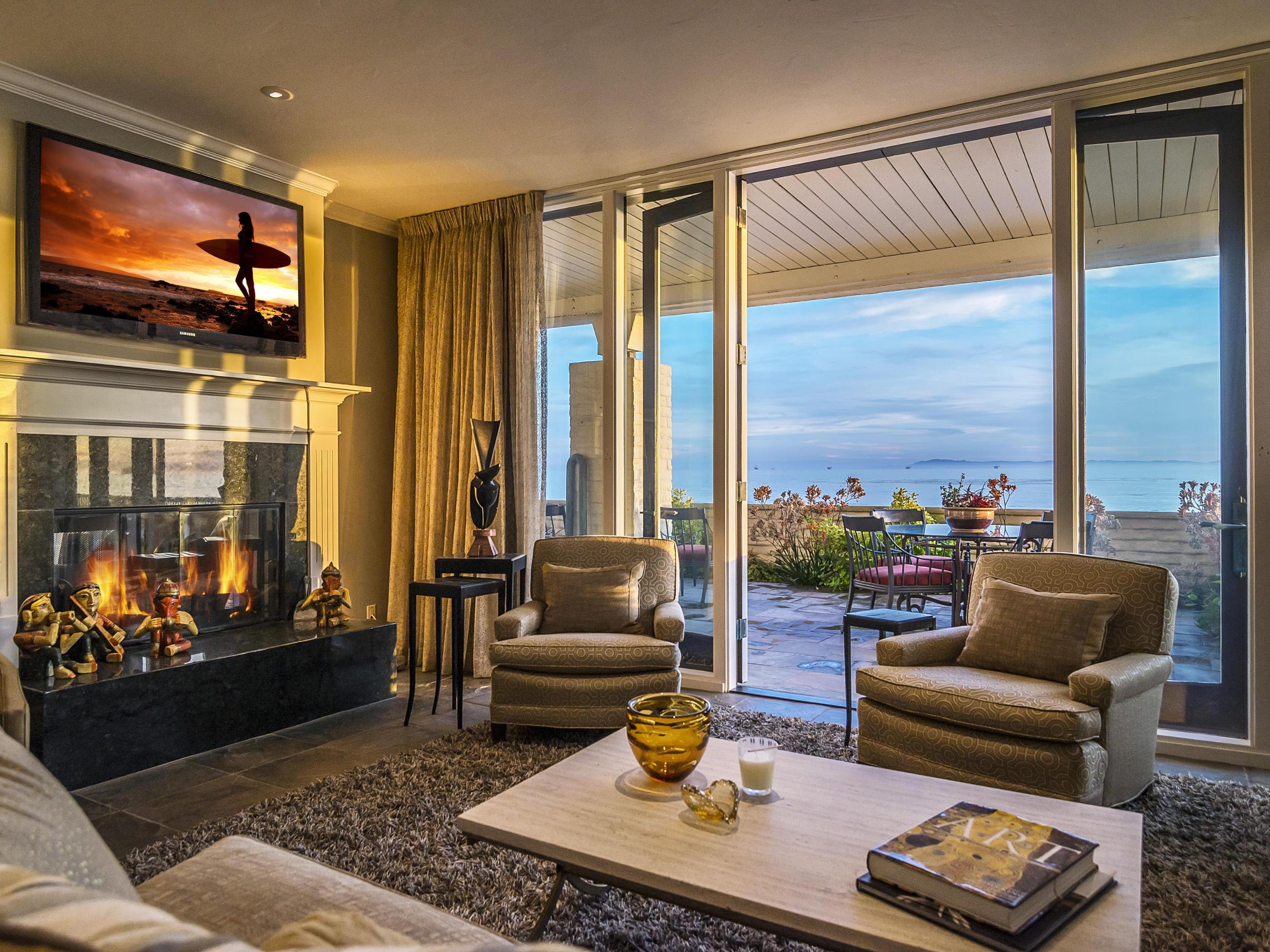 Property photo for 1367 Plaza Pacifica Santa Barbara, California 93108 - 14-1451