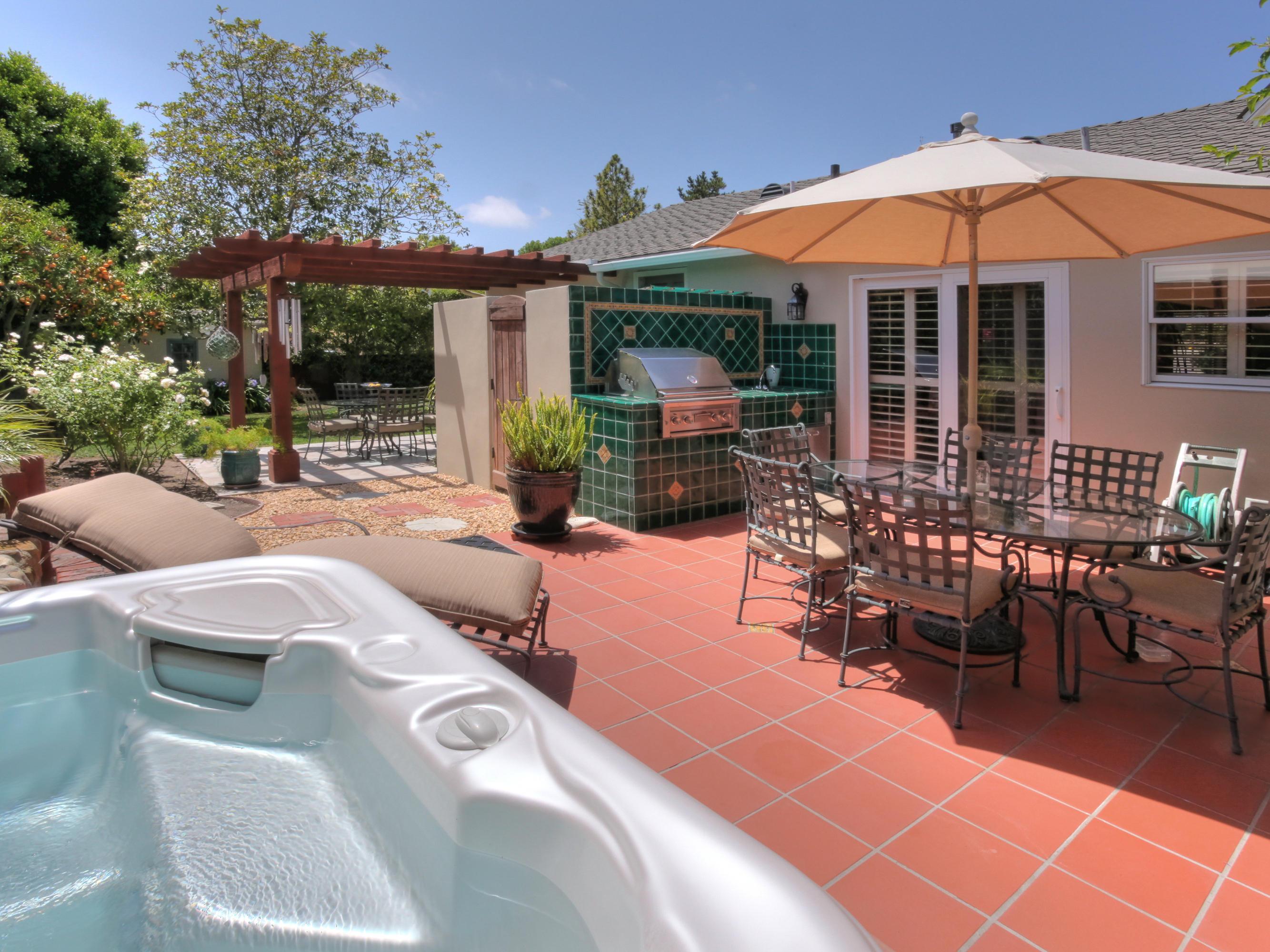 Property photo for 316 Vista De La Cumbre Santa Barbara, California 93105 - 14-2086