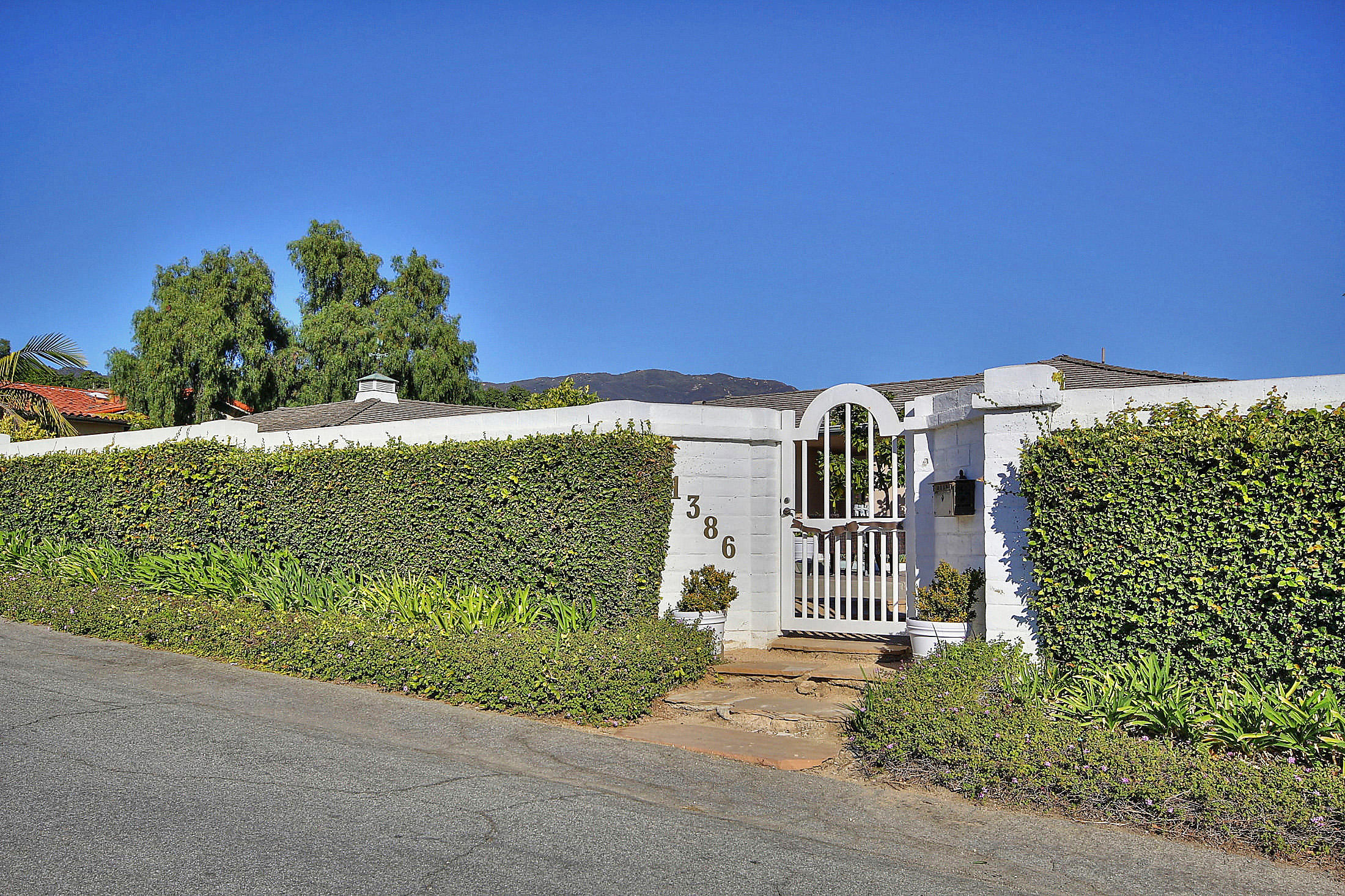 Property photo for 1386 Camino Meleno Santa Barbara, California 93111 - 14-3639