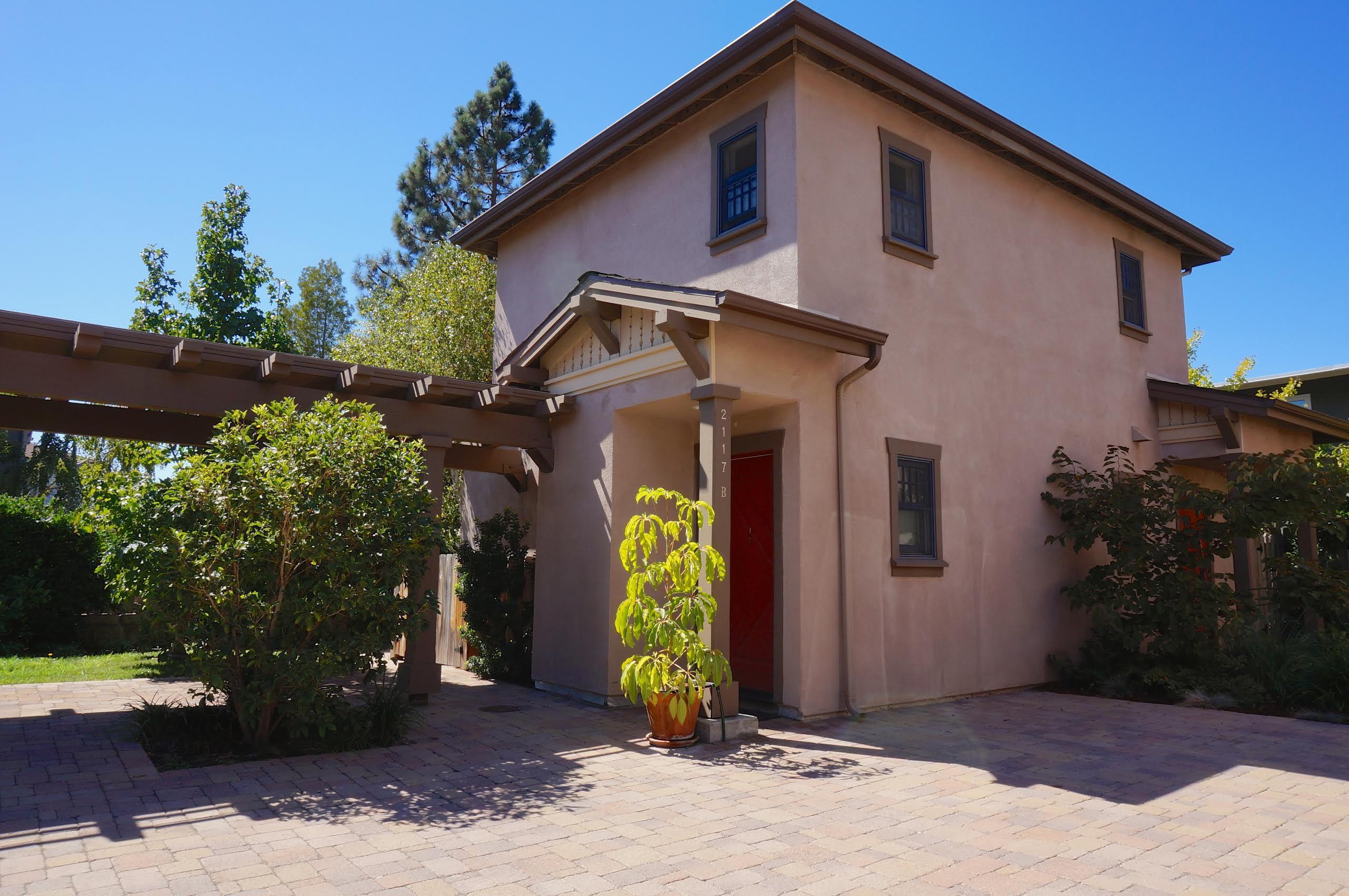 Property photo for 2117 Castillo St #B Santa Barbara, California 93105 - 14-3660