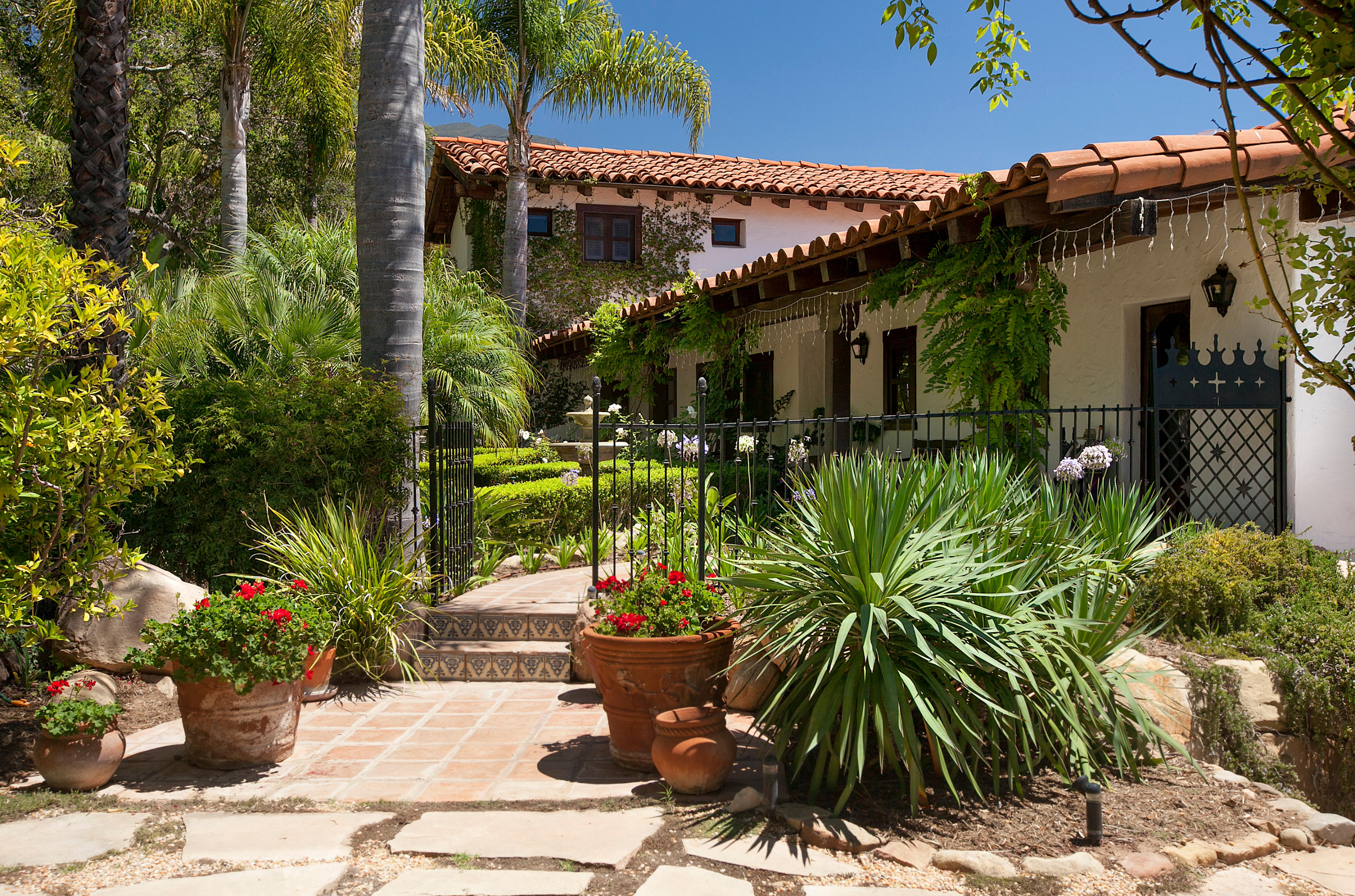 Property photo for 660 El Bosque Rd Santa Barbara, California 93108 - 15-88