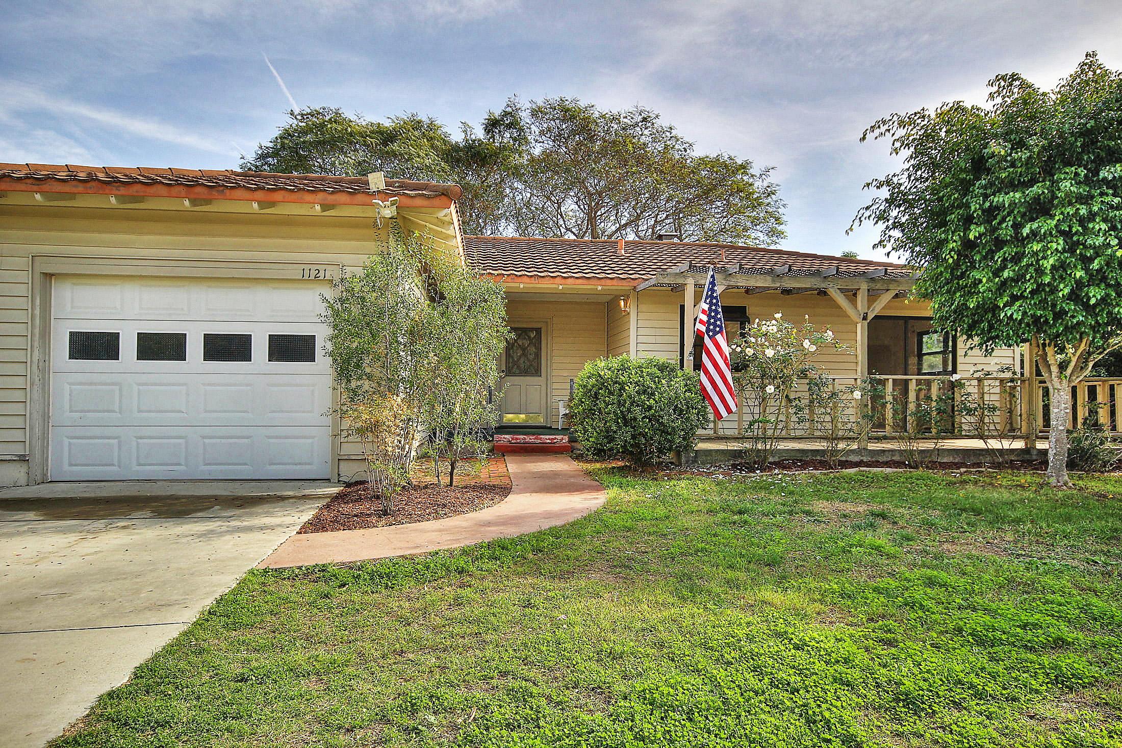 Property photo for 1121 Del Sol Ave Santa Barbara, California 93109 - 15-380
