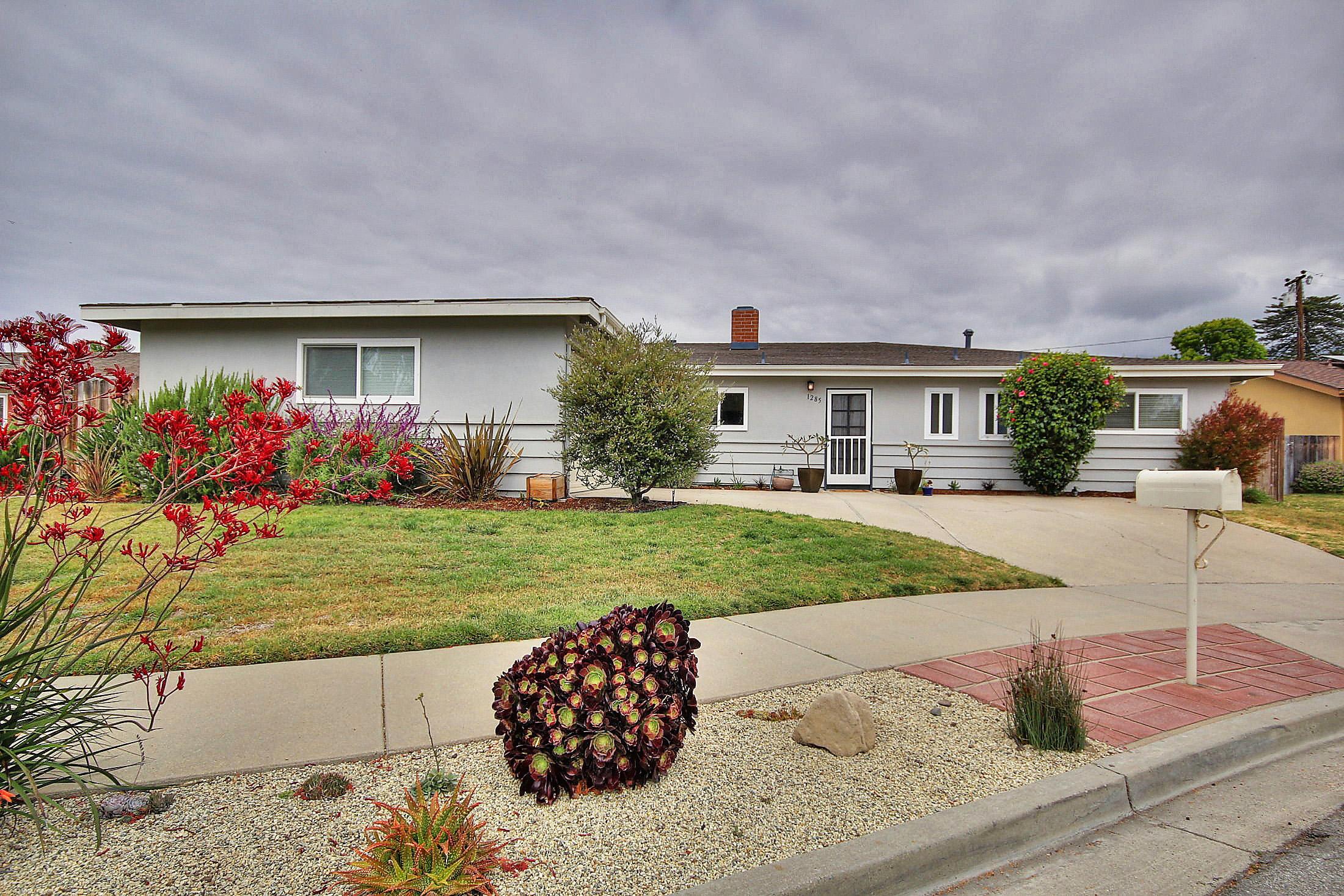 Property photo for 1285 Byrnes Ln Carpinteria, California 93013 - 15-1564