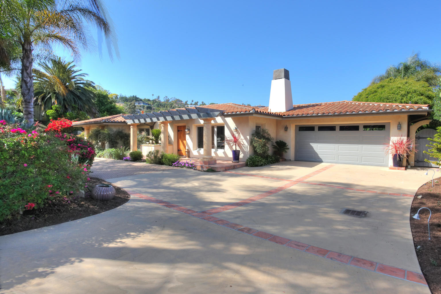 Property photo for 524 La Marina Santa Barbara, California 93109 - 15-1935