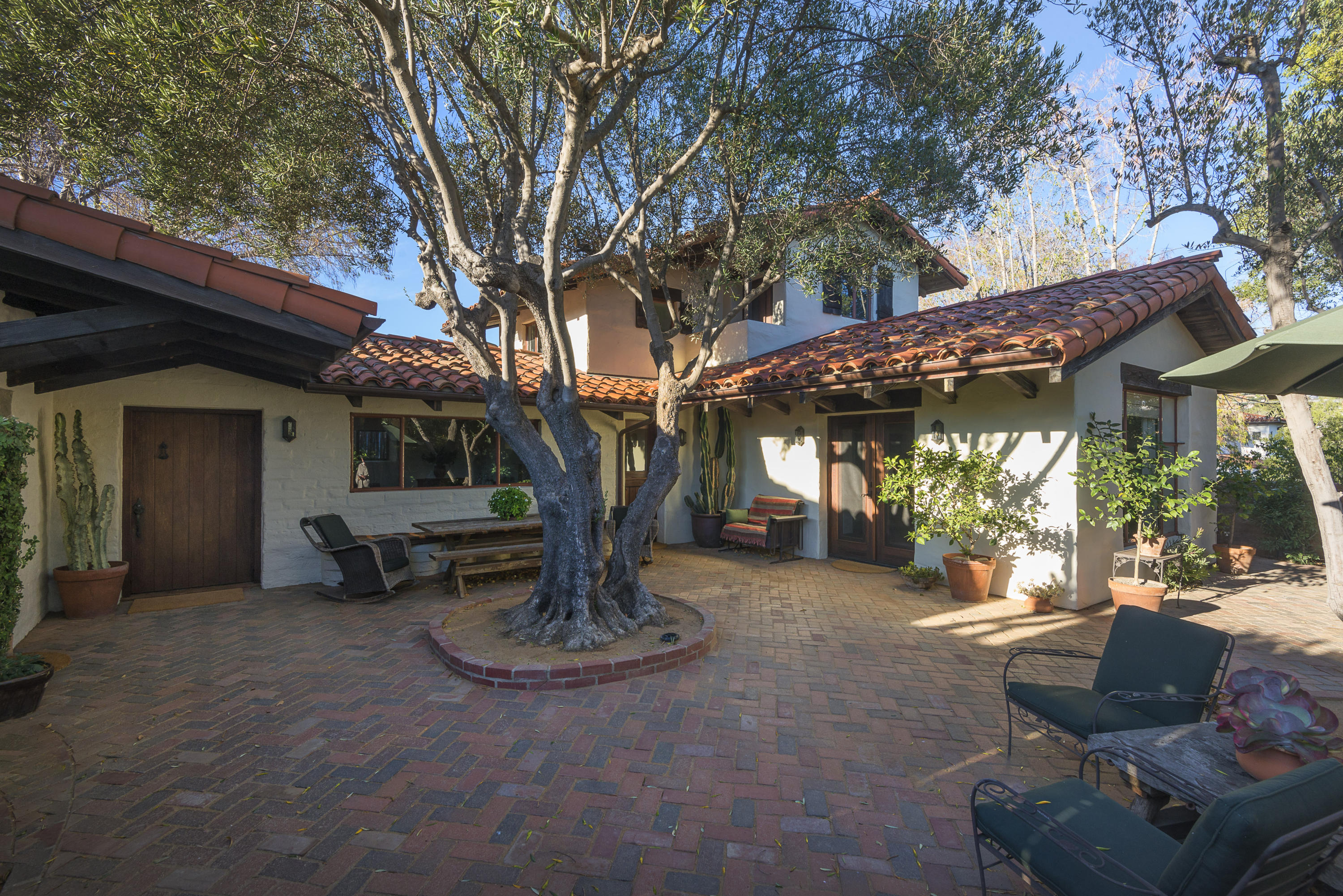 Property photo for 924 Garden St Santa Barbara, California 93101 - 15-3562