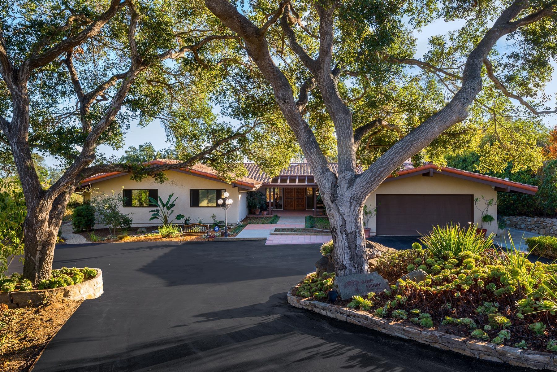 Property photo for 121 Summit Ln Santa Barbara, California 93108 - 16-136