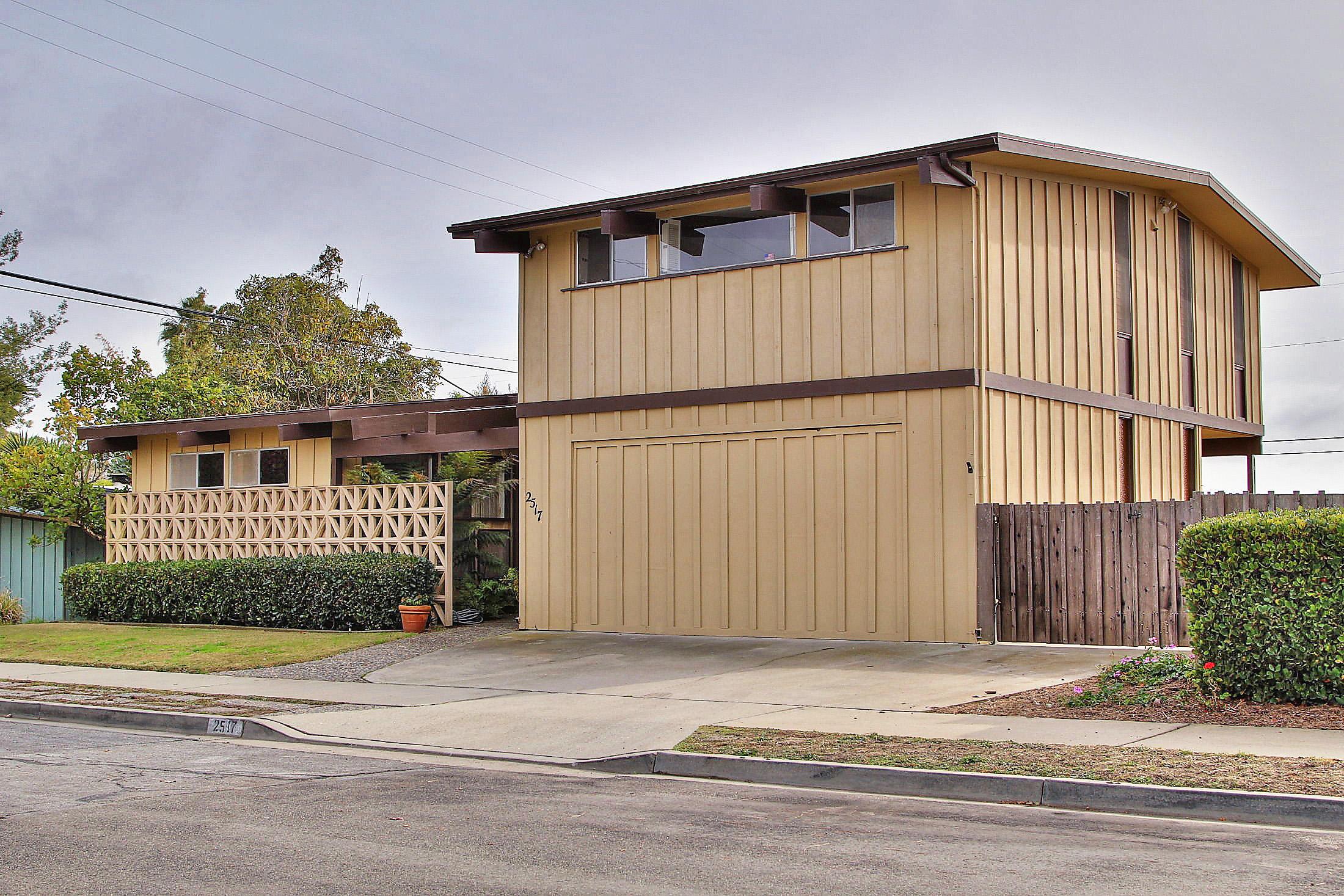 Property photo for 2517 Selrose Ln Santa Barbara, California 93109 - 16-181