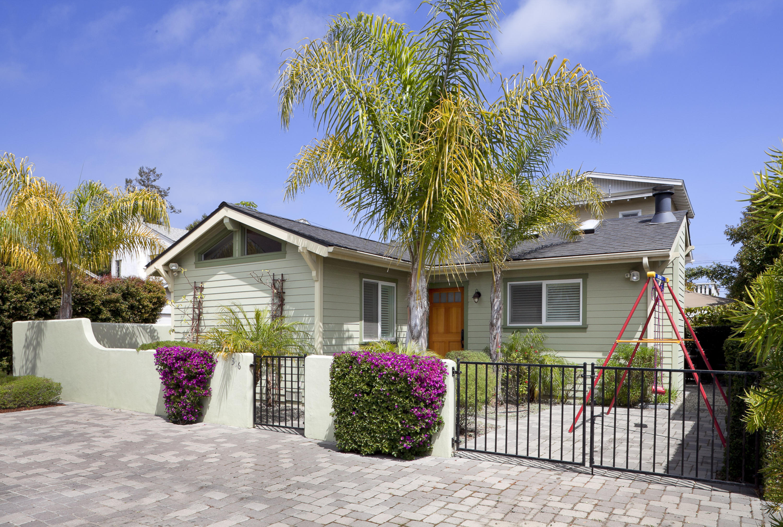 Property photo for 316 W Pedregosa St Santa Barbara, California 93101 - 16-2200