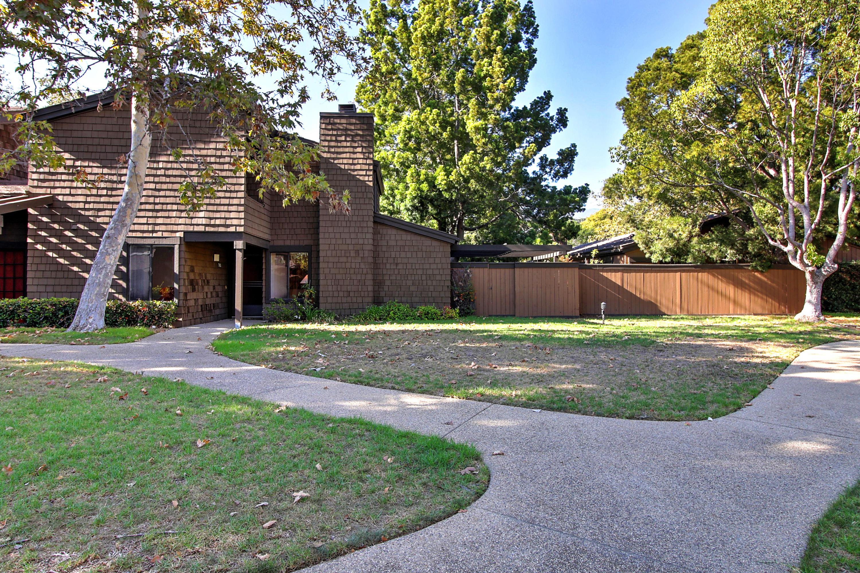 Property photo for 761 Avenida Pequena Santa Barbara, California 93111 - 16-1692