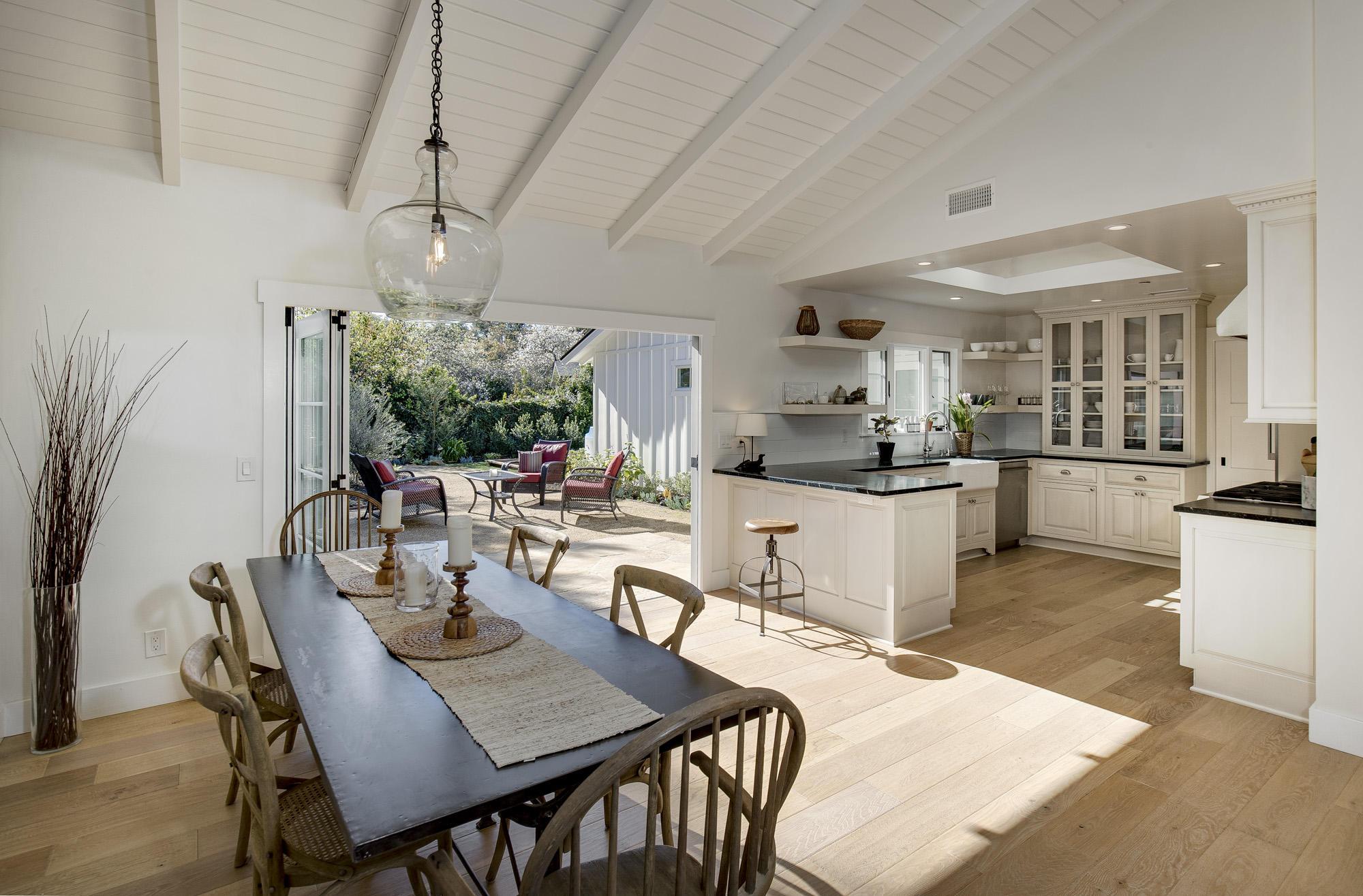 Property photo for 1561 San Leandro Ln Montecito, California 93108 - 17-330