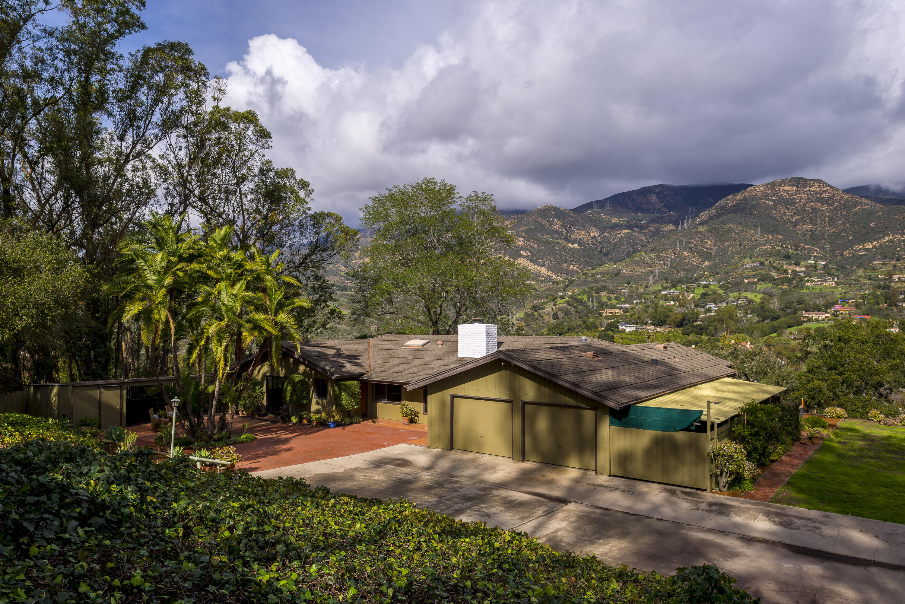 Property photo for 100 South Sierra Vista Rd Montecito, California 93108 - 17-331