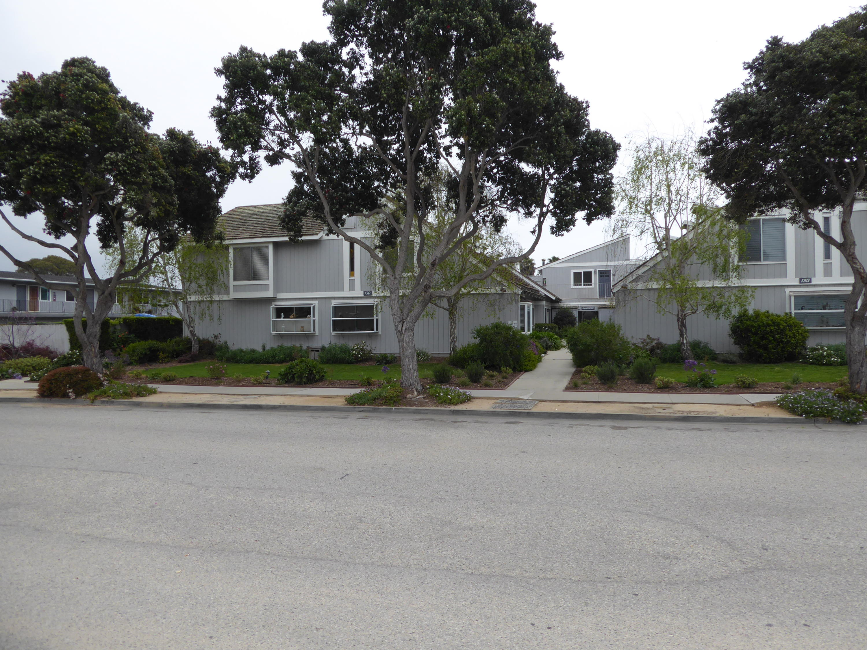 Property photo for 130 Ash Ave #4 Carpinteria, California 93013 - 17-1097