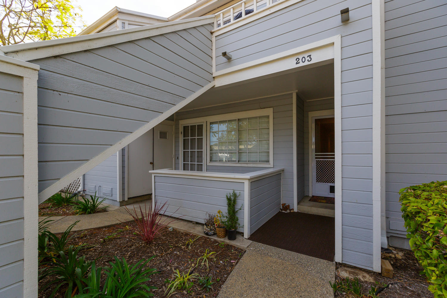 Property photo for 7602 Hollister Ave #203 Goleta, California 93117 - 17-1125