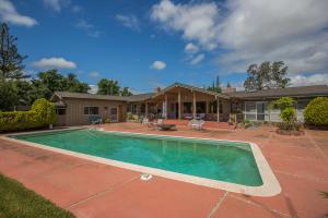 1577 Rancho Santa Ynez Rd