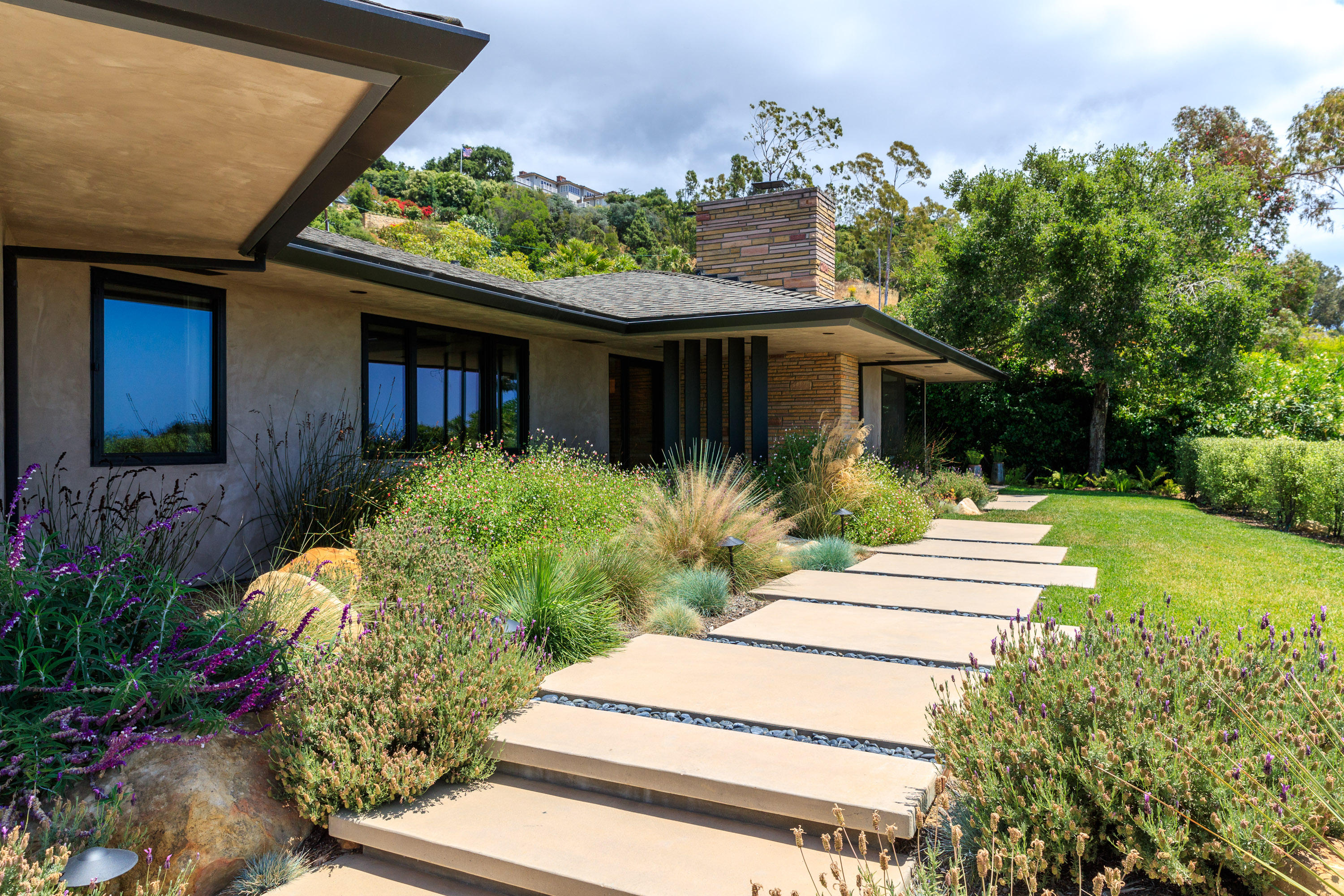 Property photo for 1830 Mission Ridge Rd Santa Barbara, California 93103 - 17-1707