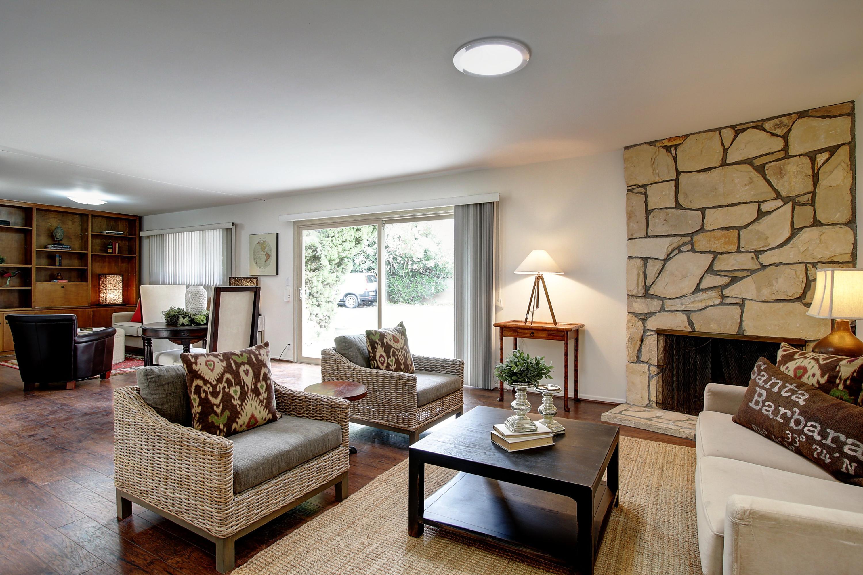 Property photo for 261 Moreton Bay Ln #2 Goleta, California 93117 - 17-1778