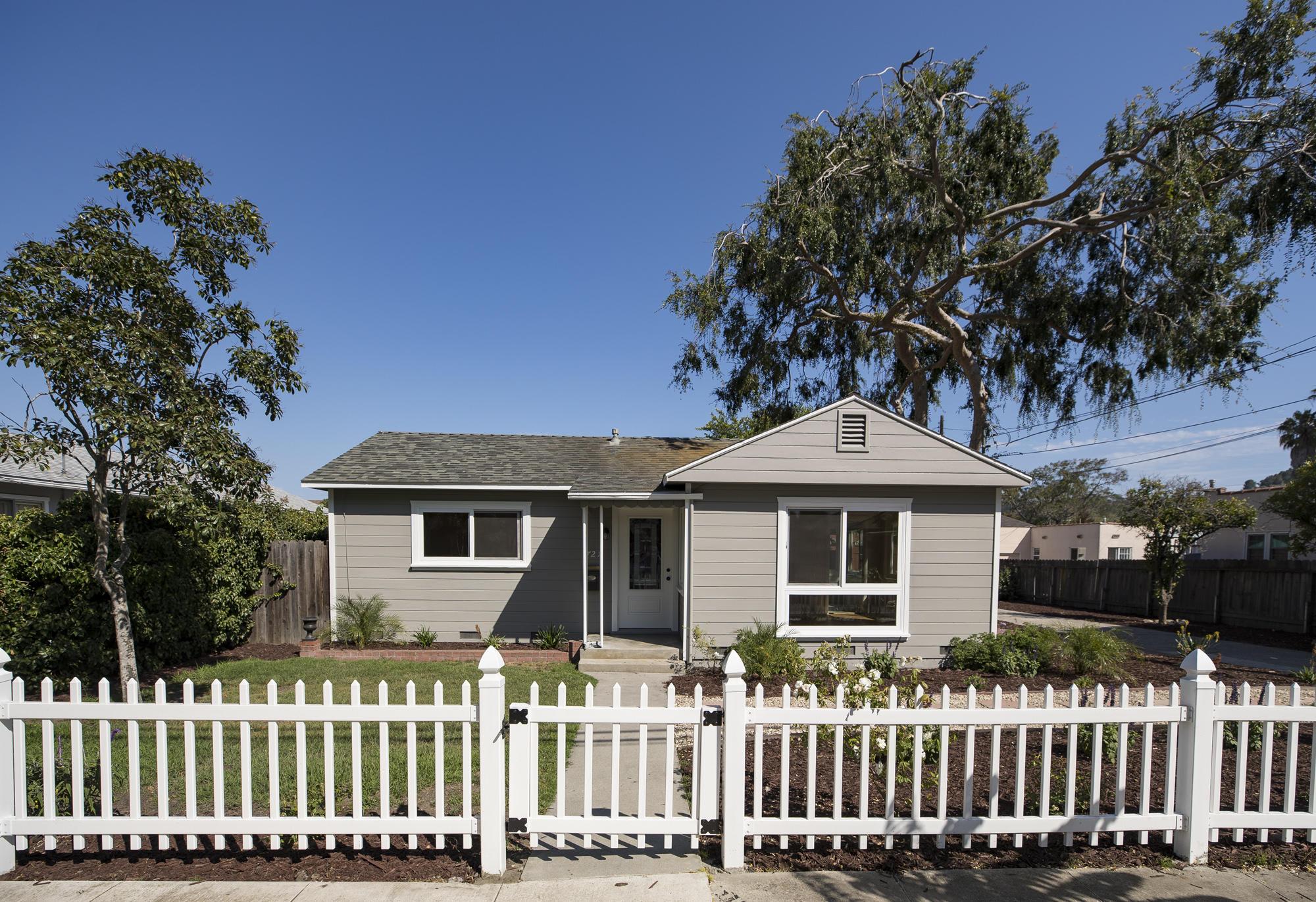 Property photo for 721 W Valerio St Santa Barbara, California 93101 - 17-2213