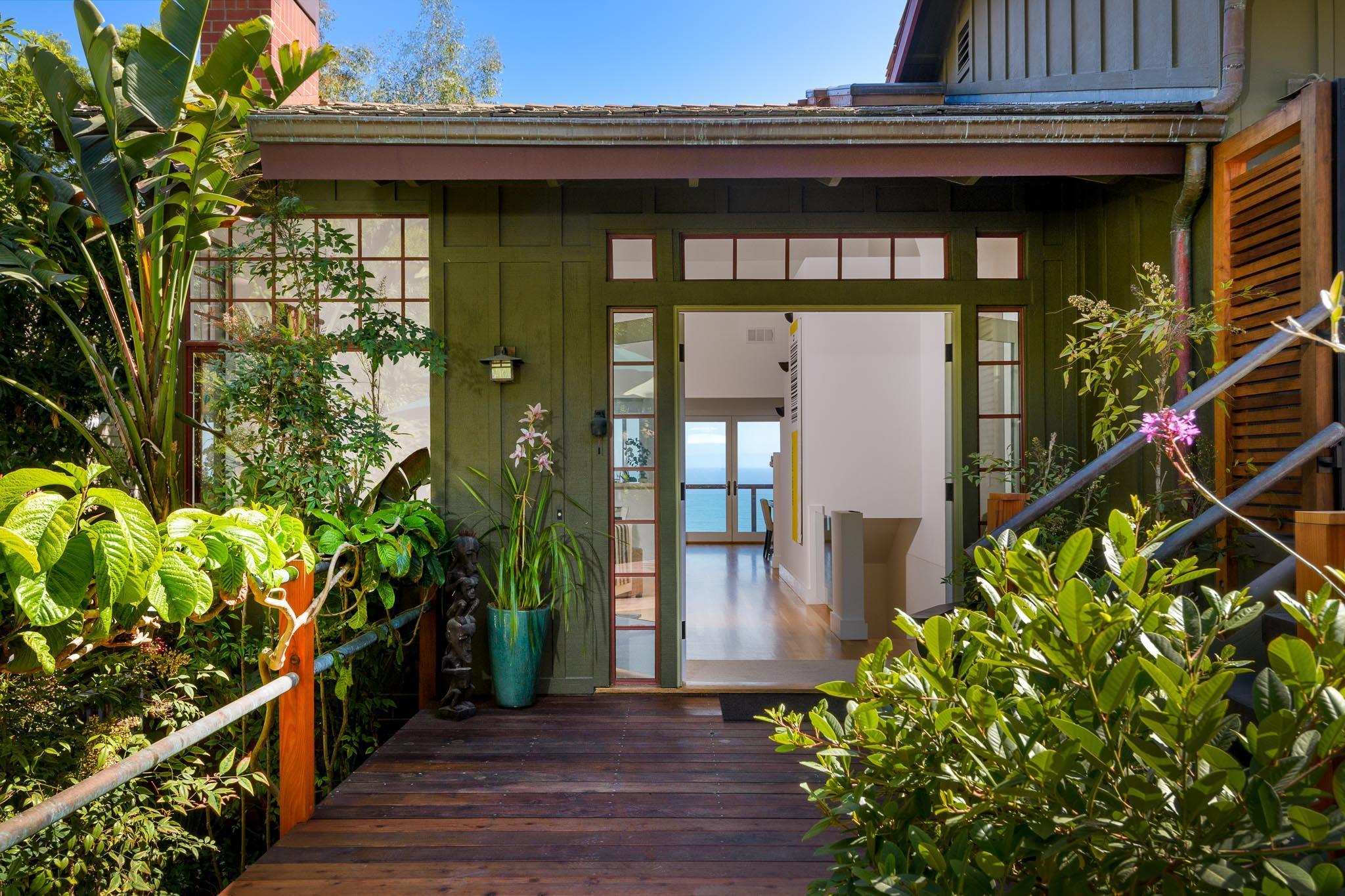 Property photo for 2541 Whitney Ave Summerland, California 93067 - 17-2813