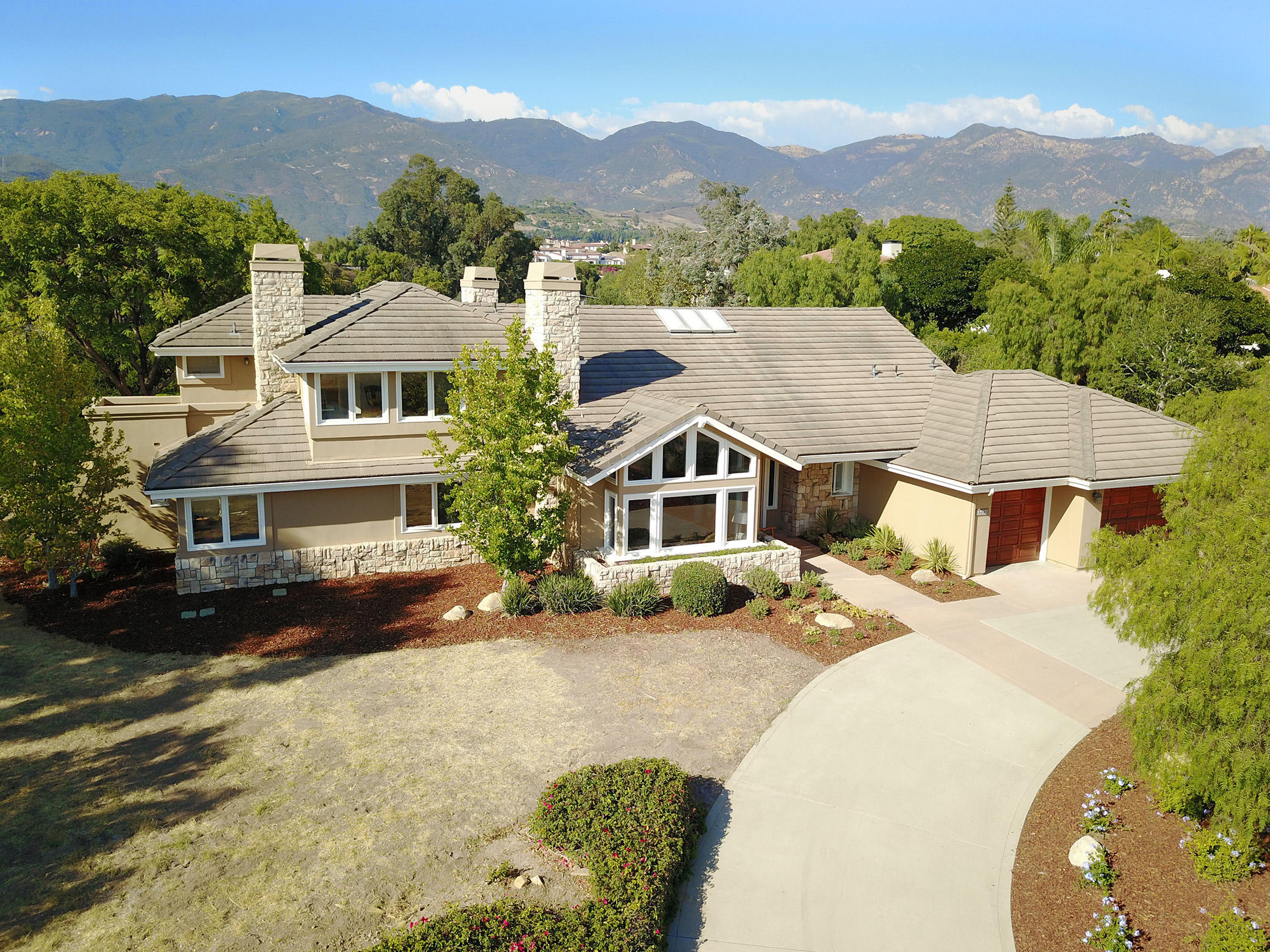 Property photo for 4660 Pennell Rd Santa Barbara, California 93111 - 17-2956