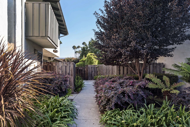 Property photo for 150 Kingston Ave #D Goleta, California 93117 - 17-2961