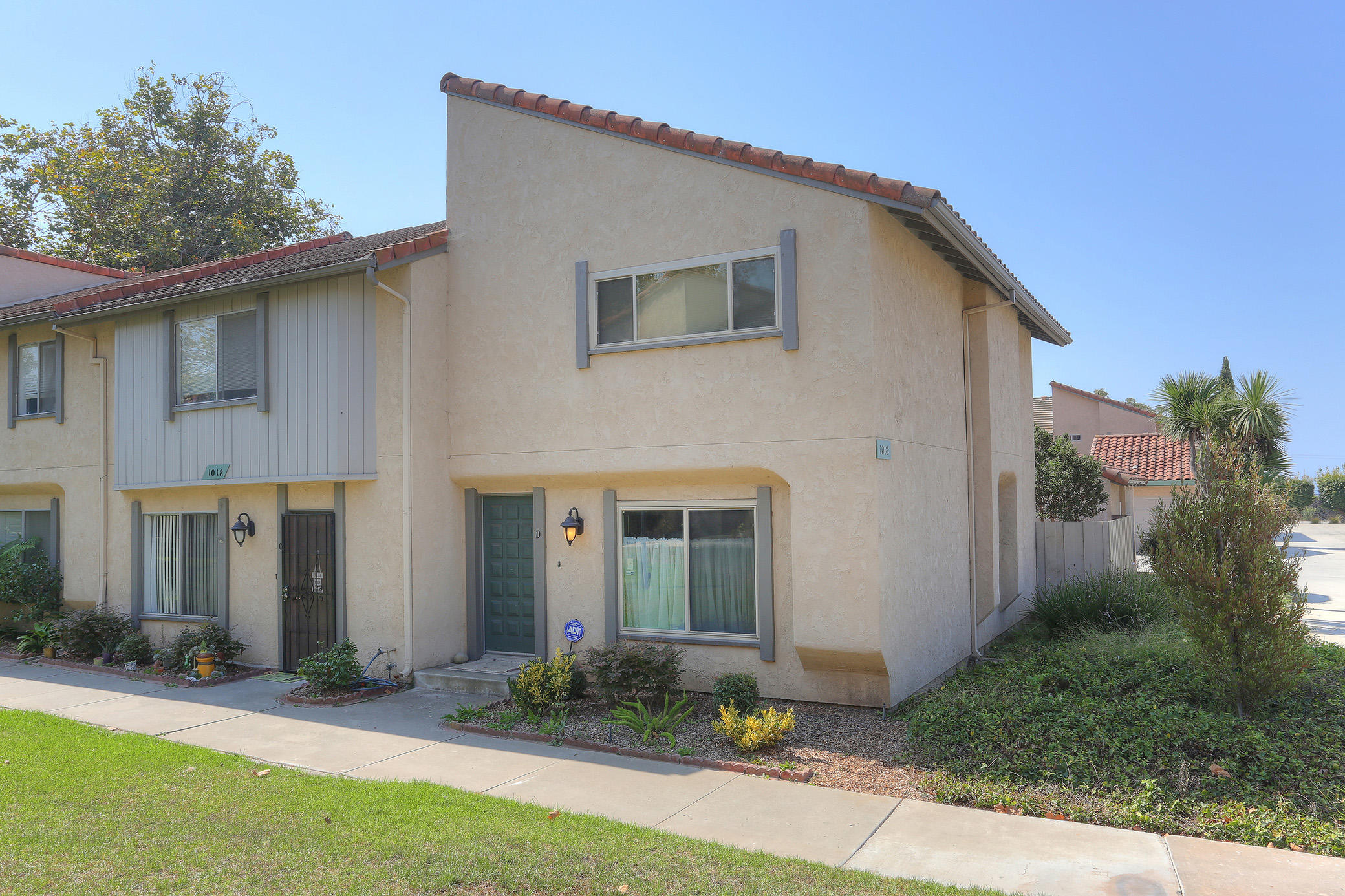 Property photo for 1018 Palmetto Way #D Carpinteria, California 93013 - 17-3042