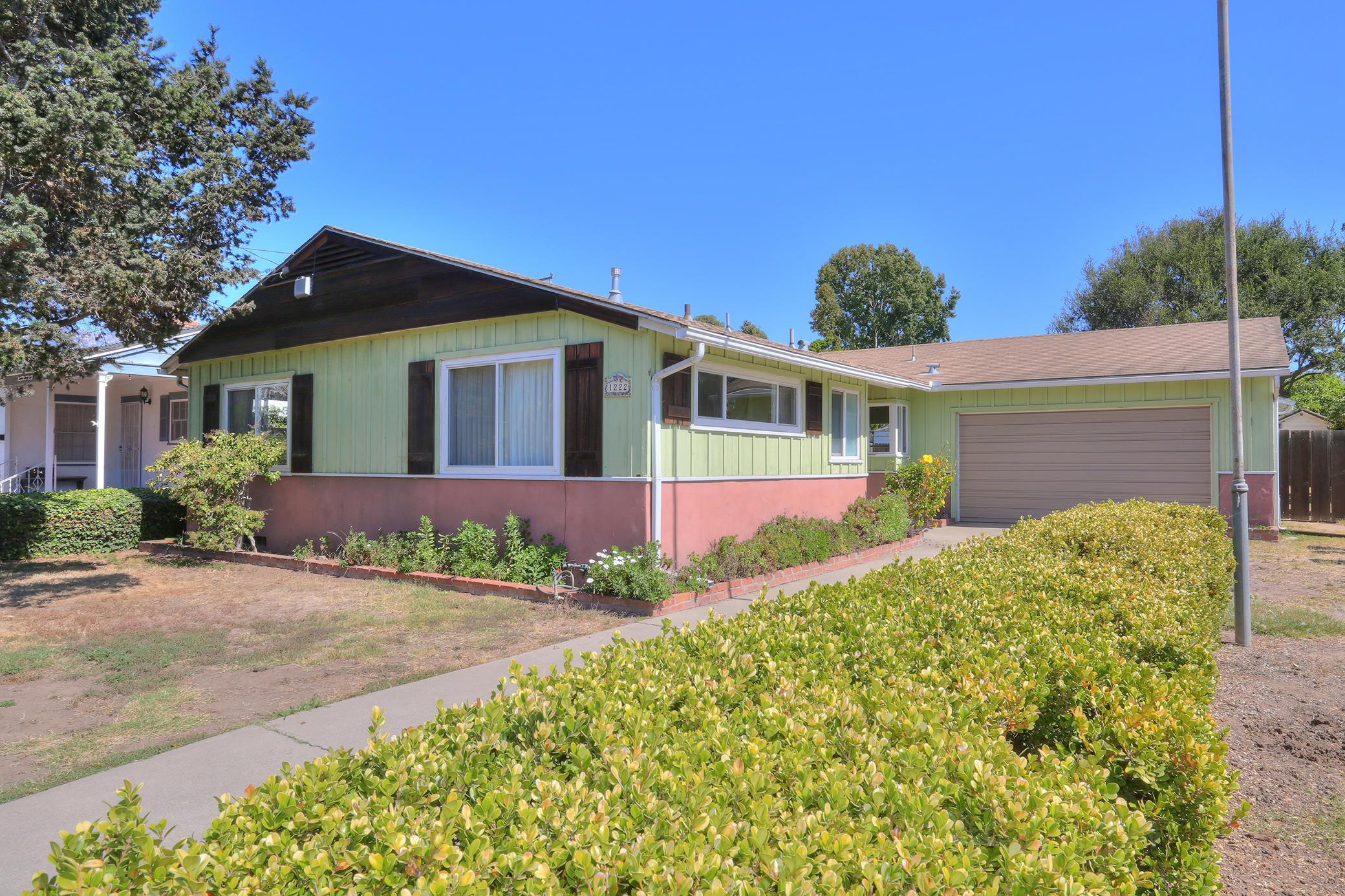 Property photo for 1222 Vallecito Rd Carpinteria, California 93013 - 17-3344