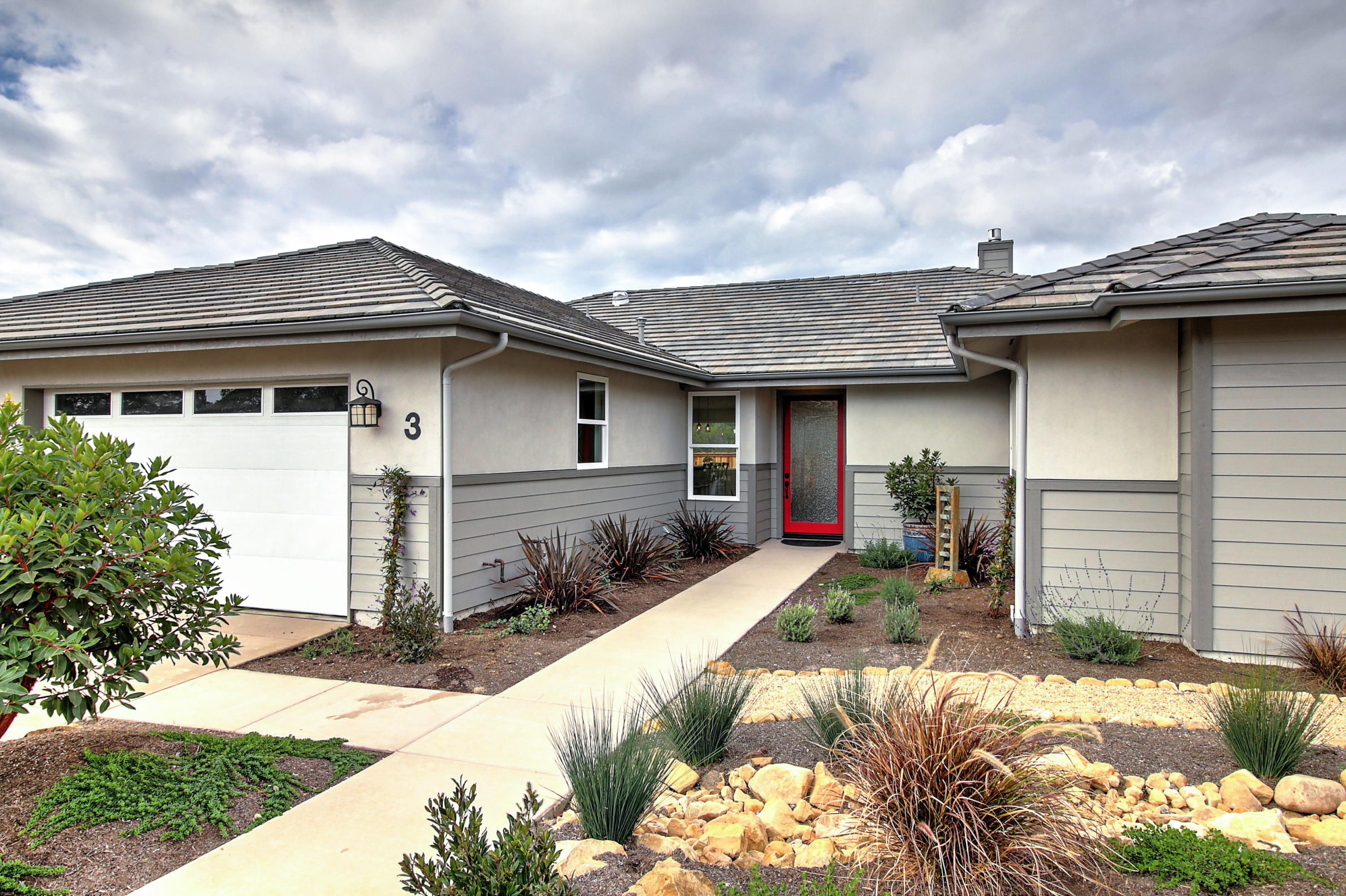 Property photo for 3 Baker Ln Goleta, California 93117 - 18-547