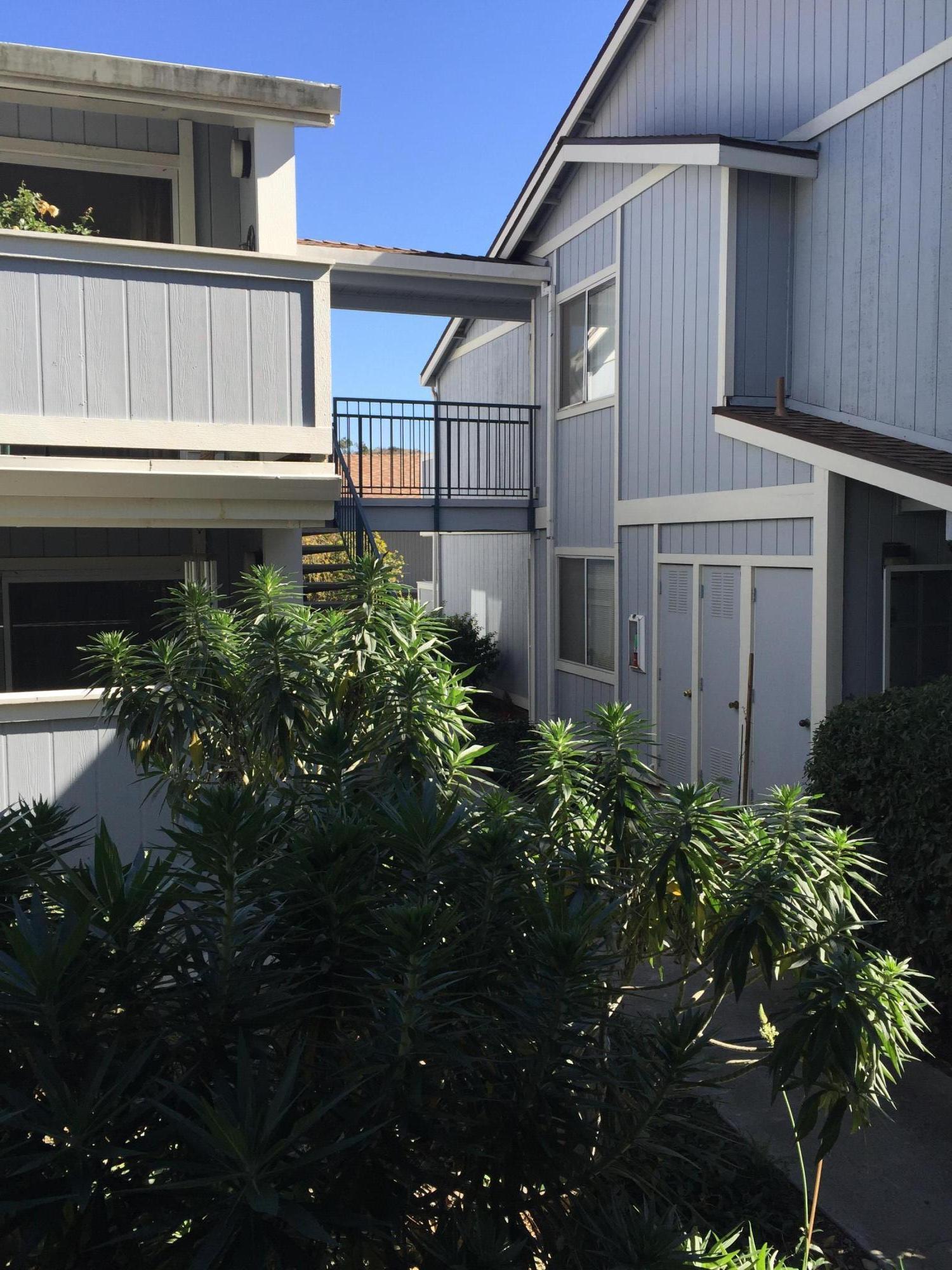 Property photo for 405 Camino Del Remedio #E Santa Barbara, California 93110 - 18-552