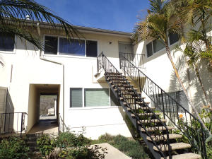 7560 Cathedral Oaks Rd #11