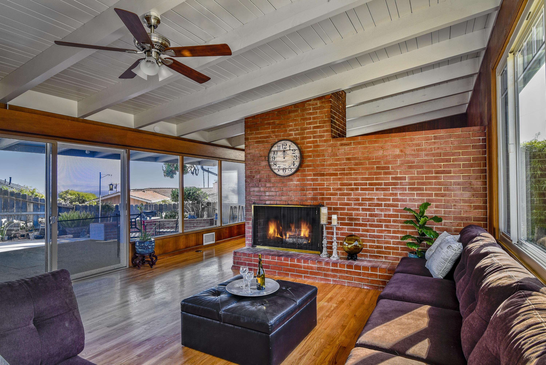 Property photo for 165 La Vista Grande Santa Barbara, California 93103 - 18-2107